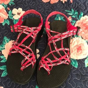 Euc Chacos I wear a 8.5-9 only wore twice